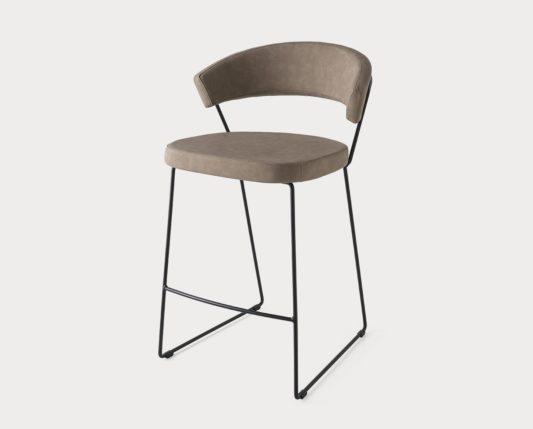 Полубарный стул New York фото 6