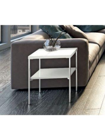 Приставной столик PLATINUM