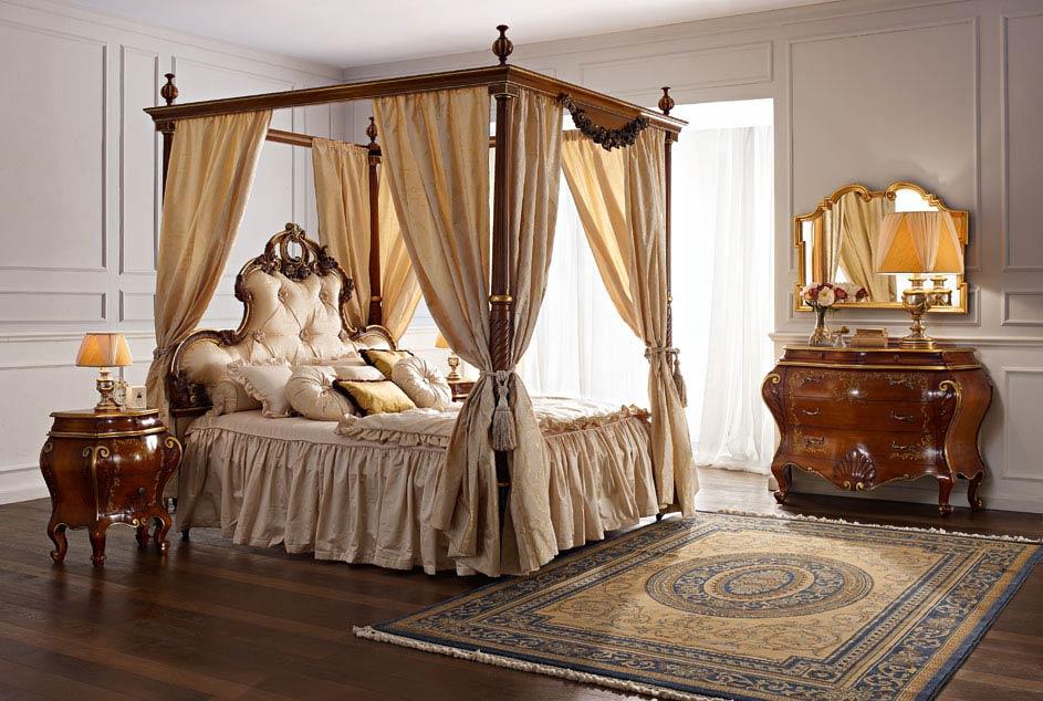 Кровать с балдахином 320