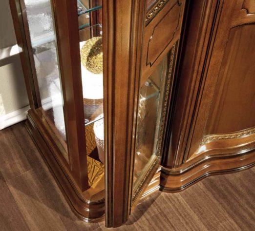 Витрина Torriani 3-дверная фото 5