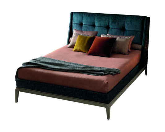 Кровать 3700